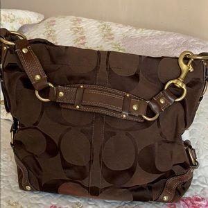 Coach shoulder bag. Preloved.